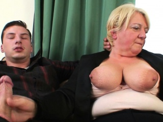 Boozed old granny getting double-fucked
