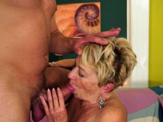 Chubby euro grandma gets hairy pussy banged