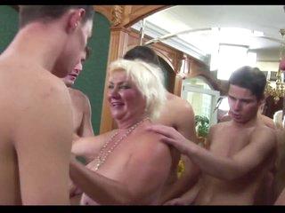 Granny Rims 5 junior Studs to Cum