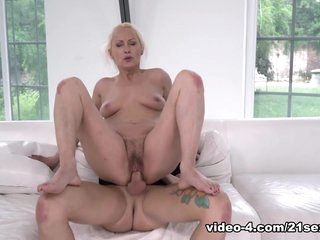 Szandi & John Price in Granny In Yoga Pants - 21Sextreme