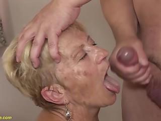 89 years old mom deep fucked