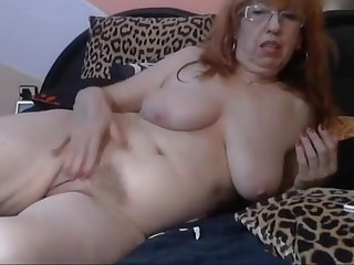 Charming women on the cam 4