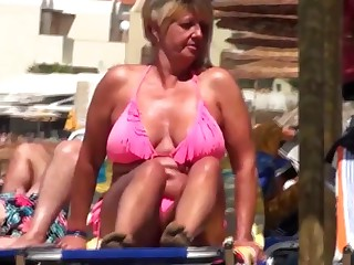 Spy beach mature granny saggy huge nipples
