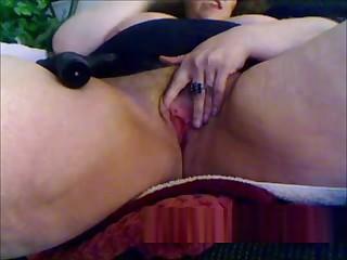 Granny masturbation with sex toy on webcam