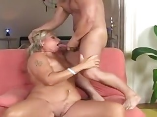 young guy cum inside granny's old pussy