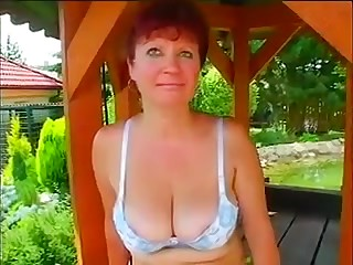 Amateur RedHead GILF Jaroslava Fucked Outdoors