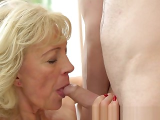 Chubby granny screwed and creampied