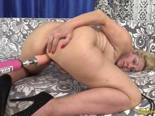 Cala Craves - Orgasmic Machine Sex With Busty Blonde Gilf